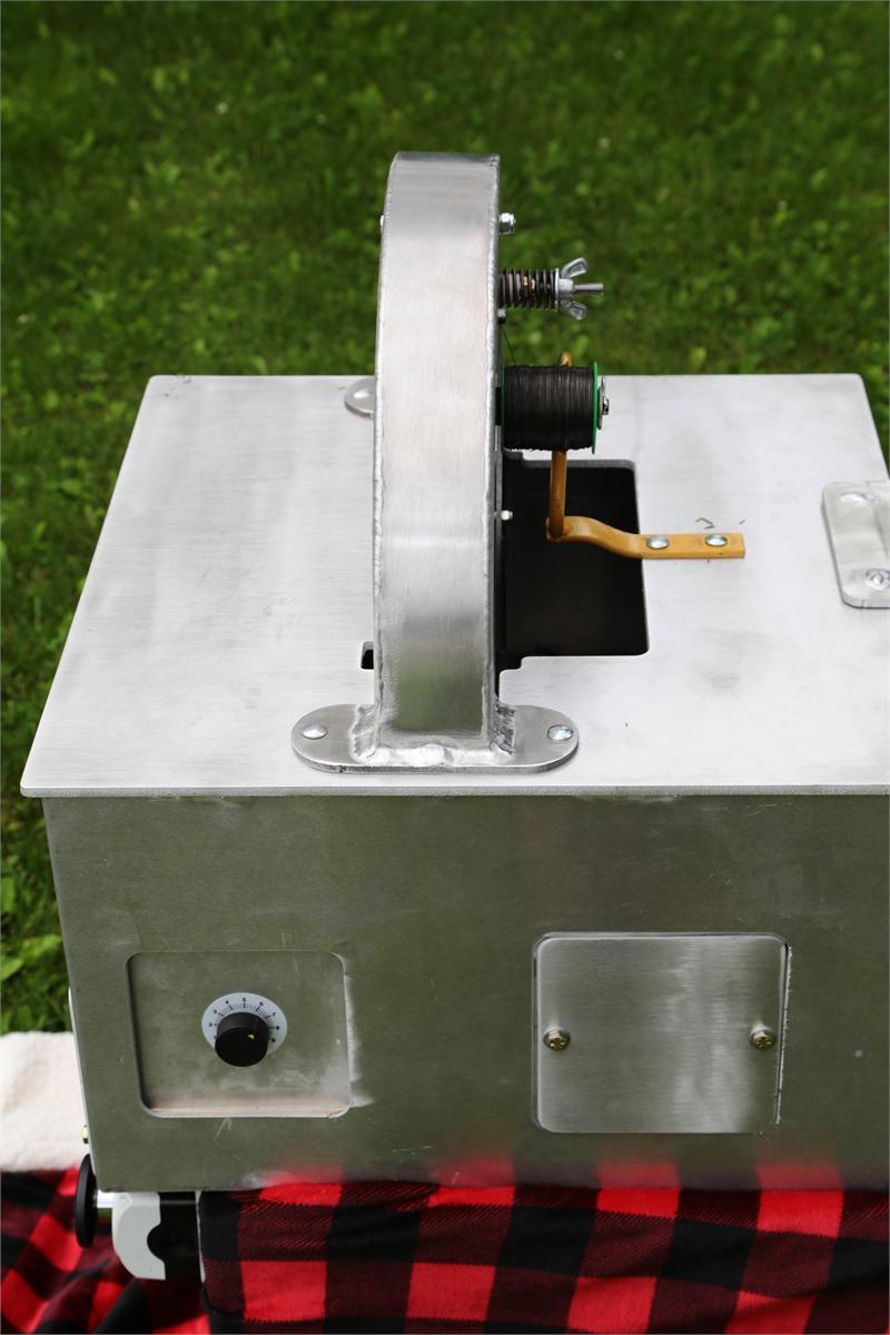 Honey Bee Garland Machine